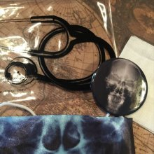他の写真を見る2: Rontgen mask
