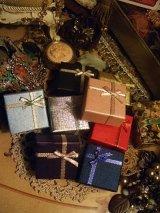レトロクロスリボンリングプレゼントボックス