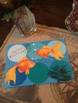 フランス製独特な可愛らしさアンティークコラージュポストカード 金魚「Happy birthday」