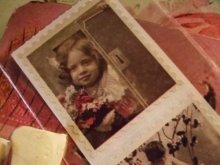 他の写真を見る1: 【再入荷】Victorian 切手型シール Old Kids