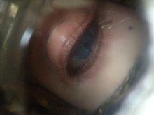 他の写真を見る1: 少女の目