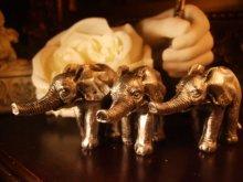 他の写真を見る2: シルバーエレファント ・象の置物