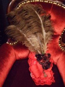 他の写真を見る3: Toe Cocotteのくすみ色の羽飾り