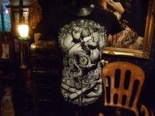 他の写真を見る1: タンクトップもあります。Black Vampire Altar, vampire skull and bats 2type