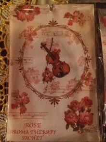 他の写真を見る1: ローズミニサシェ・香り袋