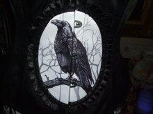"""他の写真を見る3: """"DARK RAVEN"""" gothic cameo crow ブラック アンダーバストカラスのカメオのコルセット"""