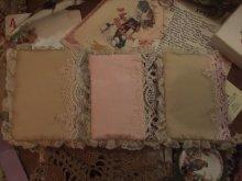他の写真を見る1: Victorian Craftアンティークテイストイースターラビット カードケースLuice