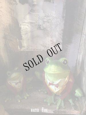 画像1: the Waiter Frog  object doll