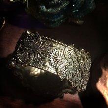 """他の写真を見る2: """"KEYHOLE BRASS"""" steampunk bracelet 鍵穴のブレスレット"""