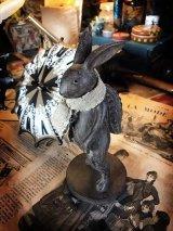 traveler rabbit うさぎ(旅人)
