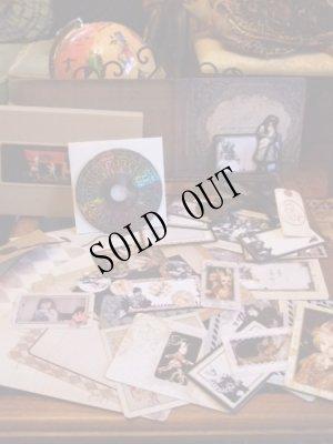 画像3: 「アリスが落ちた穴の中 Dark Märchen Show!!」豪華版 ART ALBUM+DVD