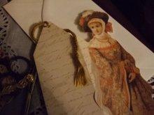他の写真を見る3: タッセル飾り付1890's貴婦人ブックマークグリーティングカード