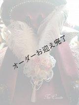 パールと薔薇にモーブピンクの羽のブライダルヘッドドレス