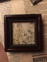uroko-額入り絵 「うさぎを見つけた日」 羊皮紙にペン