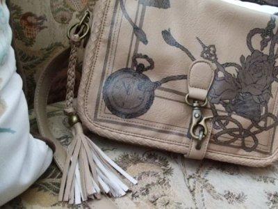 画像1: [SALE]懐中時計と薔薇の柄が魅力的フローズショルダーバッグ